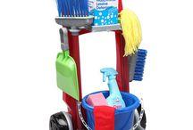 Family: Kids doing chores
