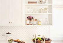 Designers / Talented interior designers, decorators  / by Penny Houle