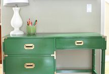 Dressing table / Ideas for how I'll paint my dressing table. DIY ideas for painting furniture.
