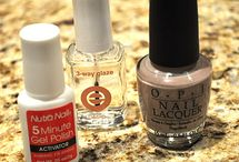 Nails /Sparkle /Glitter / by Michelle Marvar