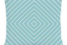 Голубые подушки