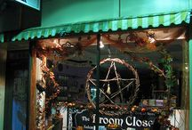 Eclectic shoppes / #Metaphysical stores #tarot reading #new age