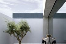 Courtyards_Pools_Deck_Garden