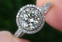engagementrings / by Melissa Gibson