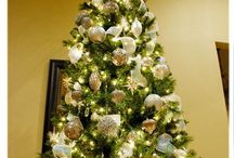 Christmas tree ideas / by Anastasia Beaverhausen