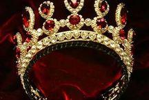 Queen Jewelry