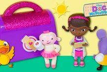 Juguetes, Play doh y huevos kinder * Toys and kinder / Videos para jugar y aprender con los más pequeños de la casa