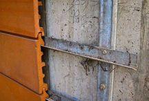 Covering facade