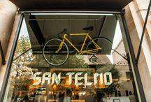 Café San Telmo / Ubicado en Casanova/Diagonal. Cosmopolita, con tintes neoyorquinos.