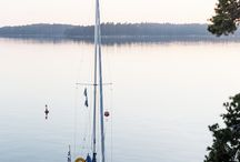 Kaunis Suomenlahti / Suomenlahti on osa Itämerta ja sen itäisin lahti Suomen ja Viron välissä. Sen pinta-ala on noin 30 000 neliökilometriä ja keskisyvyys on 38 metriä. Suomenlahden rannikolla sijaitsevat suurimmat kaupungit ovat Pietari, Helsinki ja Tallinna. Helsinkiä ja Tallinnaa erottaa noin 80 kilometrin pituinen merimatka.