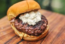 Burgers / From cheeseburgers to sliders, find delicious burger recipes from the team at Serious Eats. / by Serious Eats