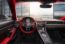 Porsche 911 GT2 RS / Llaga el 911 más potente de la tierra. Damos la bienvenida al nuevo Porsche 911 GT2 RS.