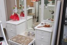 Vanity Dressers / by Sarah Travis