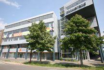 Gevaert / Als NVM makelaar bieden wij u een totaalpakket voor het vervullen van uw woonwens op het gebied van zowel koopwoningen, huurwoningen en nieuwbouw in de regio Utrecht.  Gevaert is al meer dan 35 jaar uw vertrouwde adres als het gaat om aankoop, verkoop, taxaties, VvE Beheer en huurwoningen.  Kijk voor meer informatie op: www.gevaertmakelaars.nl