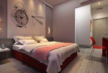 SleepInn Pindamonhangaba / Com arquitetura em linhas contemporâneas, a verticalização suaviza e contracena com a leveza horizontal entre balanços e platibandas. Transparência, aplicação de cores e texturas movimentam e harmonizam a implantação de todo o conjunto.