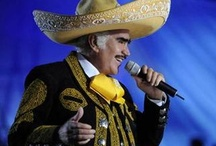 VICENTE FERNANDEZ  / CANTANTE MEXICANO / by HILDA COLON