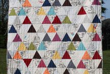 Quilts---60* Triangle / by Sue Dodge