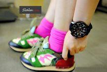 Korea Ulzzang Designer Watch / Rp.139.000,00   Size: 4,7CM(dia)  Rubber Strap