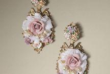 baroque style jewelry