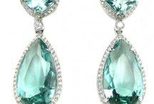 jewelry / by Karyna Everett