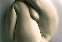 nude feminine