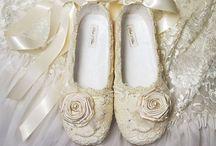 Wedding ideas!!!  / by Kelly Erickson