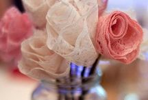 Wedding Centerpieces / Imagining the Big Day, one immediately think about flower arrangements. But what if you don't like flower or don't want to cut any plant? Read more on our blog: http://medinstyle.wordpress.com/2014/07/03/non-floral-wedding-centerpieces/