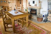 Rustikální nábytek / Inspirujte se našimi výrobky z kolekce rustikálního nábytku, který je vyroben z přírodního masivu. Jako výrobce vám nabízíme možnost úpravy nábytku. Prohlédněte si i reference tohoto vychytaných stylu bydlení.