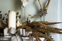 Christmas mantelpiece ideas / Dress your mantelpiece to impress this Christmas with decorating ideas from V V Rouleaux. Our specialist designers' mantel displays take inspiration from V V Rouleaux's Glitter & Glam, Country Woodland, Frosted Fantasy and Felt Fun Christmas decorations ranges. Featuring baubles, frosted fruits, garlands, feathered birds and other beautiful decorations from the themes, there really is a mantelpiece design to suit everyone.