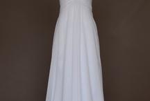 Wedding dress / by Janna Webbon