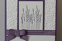 Cards: lila o vit