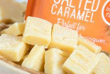 Salted Caramel Natural Flavoured Icing Sugar / Our Flavoured Icing Sugars are Free from gluten, Free from Dairy, suitable for Vegetarians, vegans also Halal diet.  Use these sugars instead of normal icing sugar or castor sugar in your recipes to give an intense flavour every time.  Perfect for Cheesecake, Buttercream, Meringues, Pavlova's, Cookies, Mousse, Fudge, Marshmallows and so much more check out our recipe site www.sugarandcrumbsmixingitup.co.uk