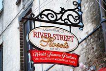 River Street & Savannah GA