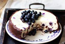 Cakes / by Shaelynn Christine