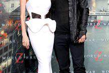 İYİ Kİ DOĞDUN ANGELINA JOLIE / Angelina Jolie'nin yeni yaşını kutlarken mutlu aile tablosuna göz atmayı da ihmal etmiyoruz. Sizce Bradd Pitt güzel oyuncuya sürpriz yapacak mı?