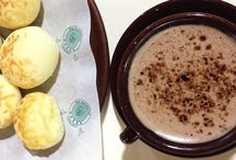 Café da Padaria Santa Marcelina / Fomos à padoca!  A Padaria Santa Marcelina de esquina com a Av. Vereador José Diniz é uma padaria super tradicional de São Paulo.