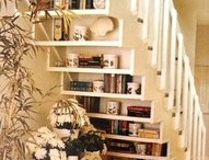 Unique decorating ideas / Staircase shelving