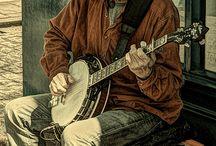 Busking & Street Music Inspired Art / Visual art about busking and street musicians