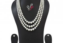 Grand 3 Line Graded Grey Pearl Necklace Set at Rs. 8,900