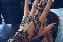 hand tatto