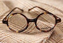 Oakley güneş gözlükleri