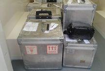 Transport farmaceutyczny w warszawie / Transport farmaceutyczny w warszawie odbywa się samochodami z agregatem chłodniczym oraz ogrzewaniem postojowym. Realizujemy transport leków, szczepionek oraz innych farmaceutyków. Firma OCS dysponuje odpowiednimi opakowaniami do transportu w kontrolowanej temperaturze które wykorzystywane są podczas transportu farmaceutyków.