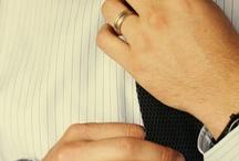 Une cravate...