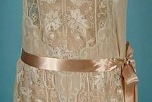 Sukienki (lata 1920/1930)