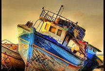 Boats & ships ashore