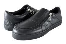 Men's Laceless Oxford — Black Leather