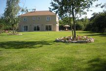 """Chambre d'hôtes Essonne """"La Charlénière"""" / A 35 km de Paris,""""La forêt, le repos, le confort et vous"""", au cœur d'un village disposant d'un port de plaisance, la Charlénière vous accueille dans une belle propriété avec jardin de 3000 m². A proximité? l'allée royale, parcours de santé, pêche, châteaux,... (G912044)"""