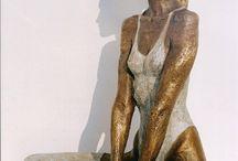 Ballerinas / Bronze statues and sculptures.