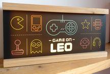 Handmade wooden Lightboxes / Funky lightbox design and inspiration