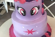 Abe and Evie birthday cakes